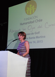 Cristina Tocco speaks at Chile fundraiser
