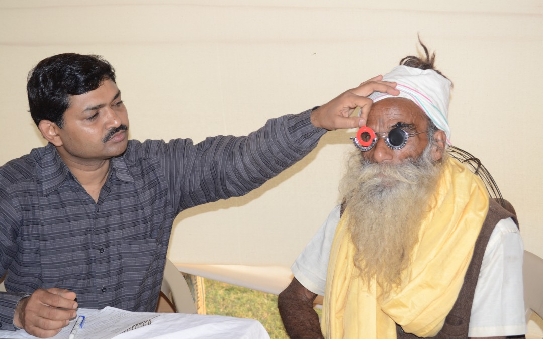 Free Clinics Provide Eye Care for Thousands in India